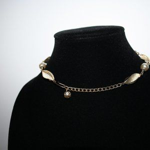 """Vintage Jewelry - Vintage gold and pearl necklace 13-15.5"""""""